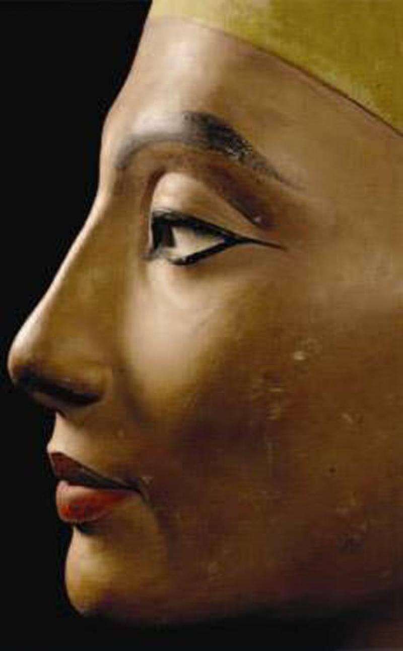 Revelan algunos secretos del busto de Nefertiti