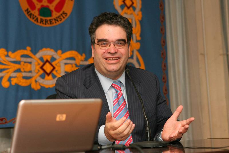 Isidro F. Aguillo durante su conferencia en la Universidad Pública de Navarra