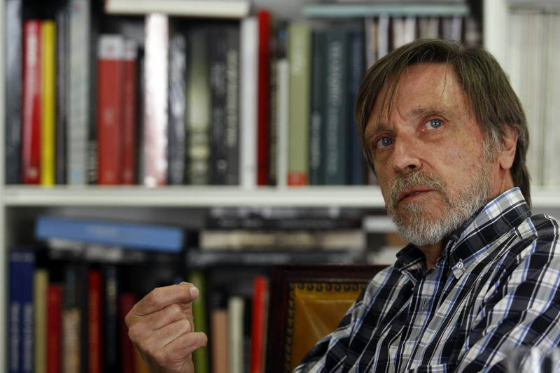 El físico teórico Álvaro de Rújula