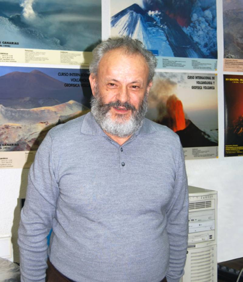 El vulcanólogo Ramón Ortíz. Foto: SINC