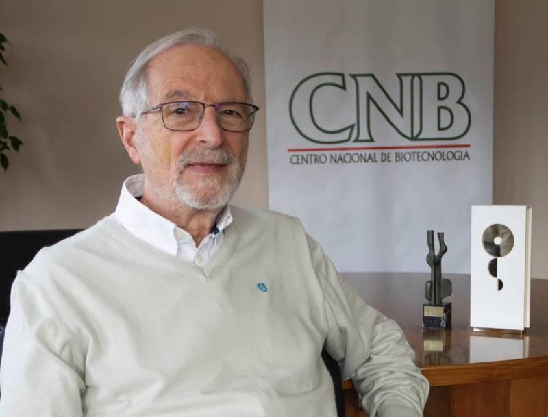 Luis Enjuanes