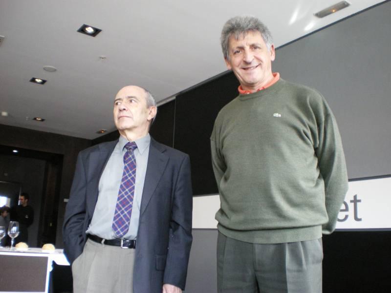 Julio Casado (a la izquierda) y Alberto Arce, en Oviedo. Fotografía: FICYT.