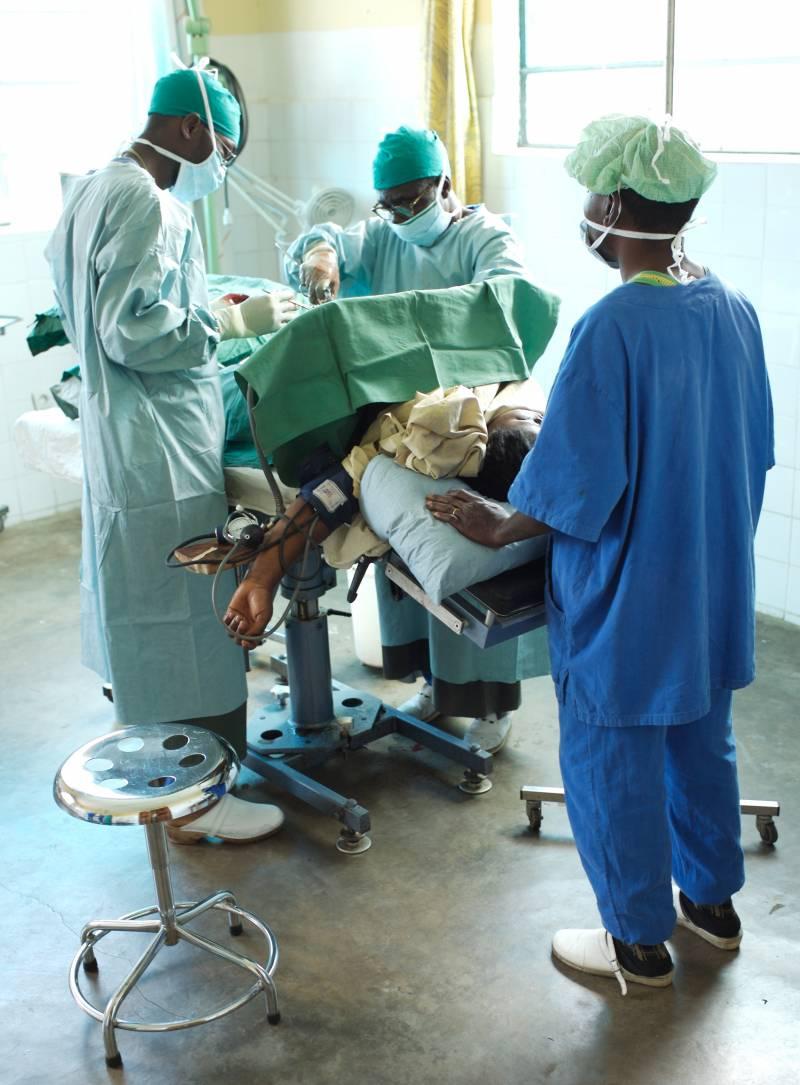 Las condiciones sanitarias de los quirófanos en África