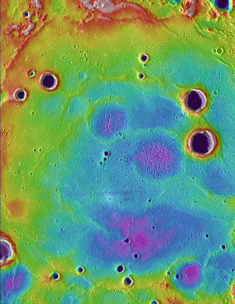 Antiguas llanuras volcánicas en las latitudes septentrionales altas de Mercurio.