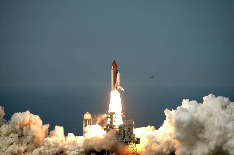 Despegue del Endeavour desde el Centro Espacial Kennedy (EE UU)