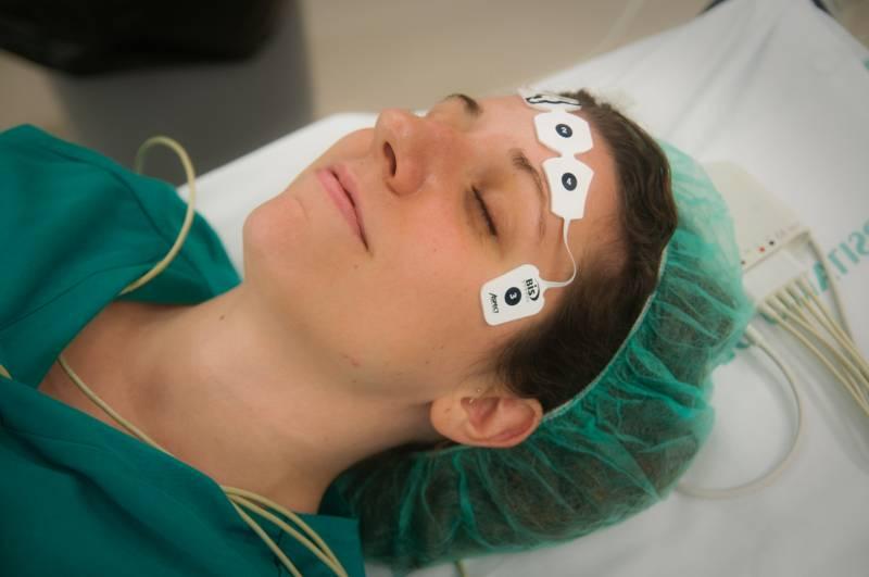 Presentan un sistema que regula la anestesia por ordenador