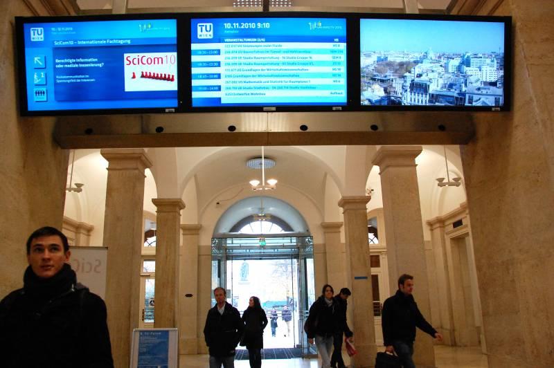 entrada de la Universidad Tecnológica de Viena