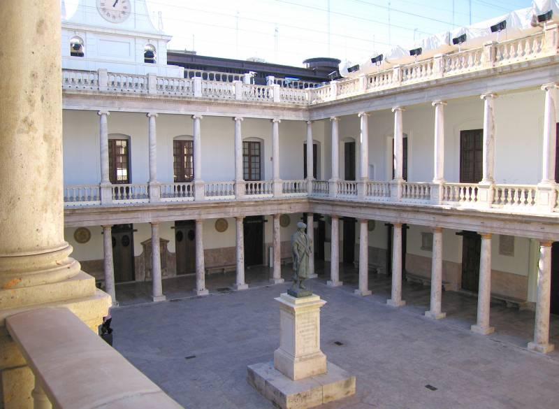 Edificio histórico de la Universidad de Valencia
