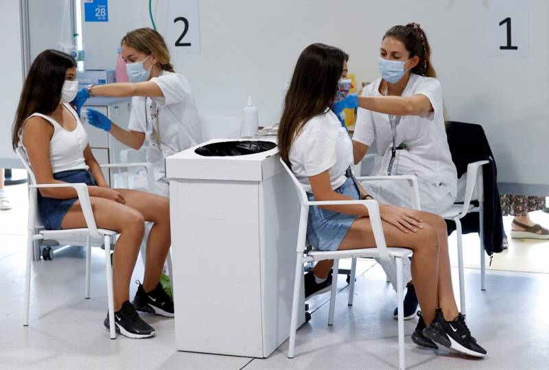 Vacunación masiva en España