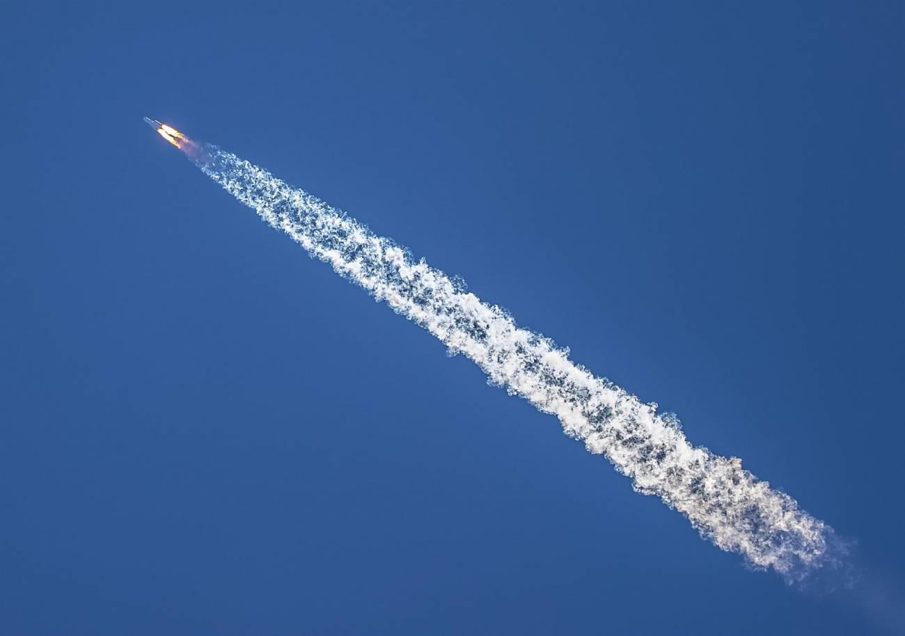 6343b4a22cbeeaba5a94bf586dcf68acd7fa712aw - China marca un hito en su carrera espacial al posar el vehículo Zhurong sobre la superficie de Marte en su primera misión, llamada Tianwen-1