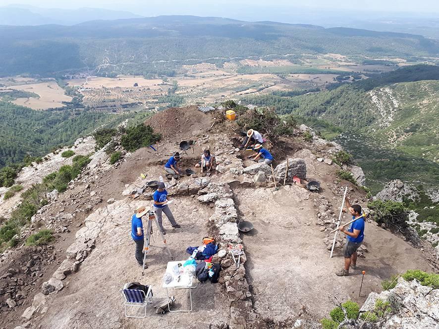 excavacio pico ajos yatova - España.- Lámina de plomo con inscripciones íberas encontrada  en antiguo poblado de Valencia
