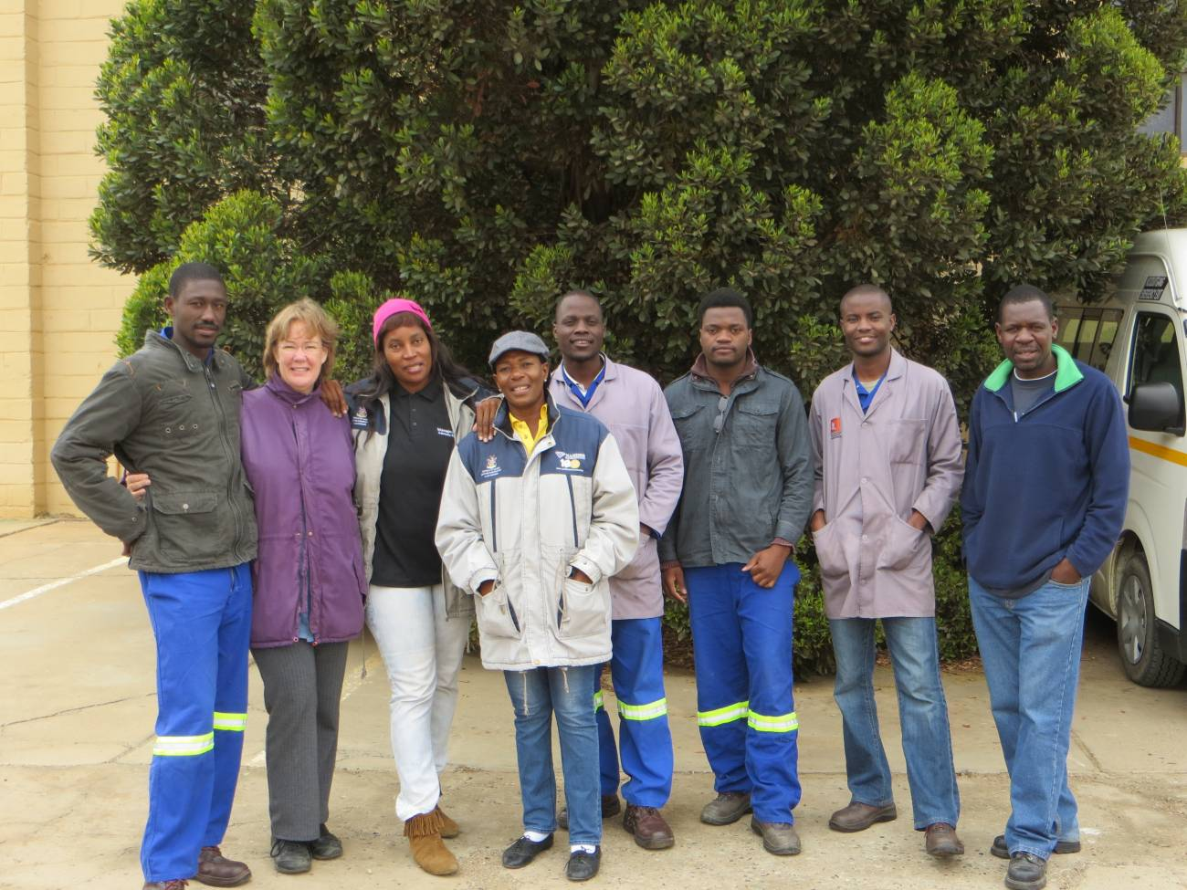 El equipo de técnicos del Museo Nacional de Namibia y arqueólogos de la Universidad de Ciudad del Cabo. / Shadreck Chirikure