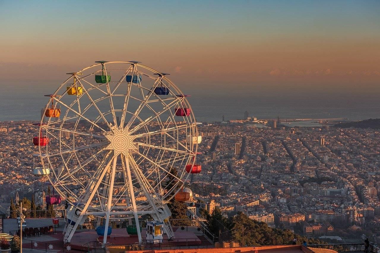 Vista de Barcelona desde el Tibidabo. / Pixabay
