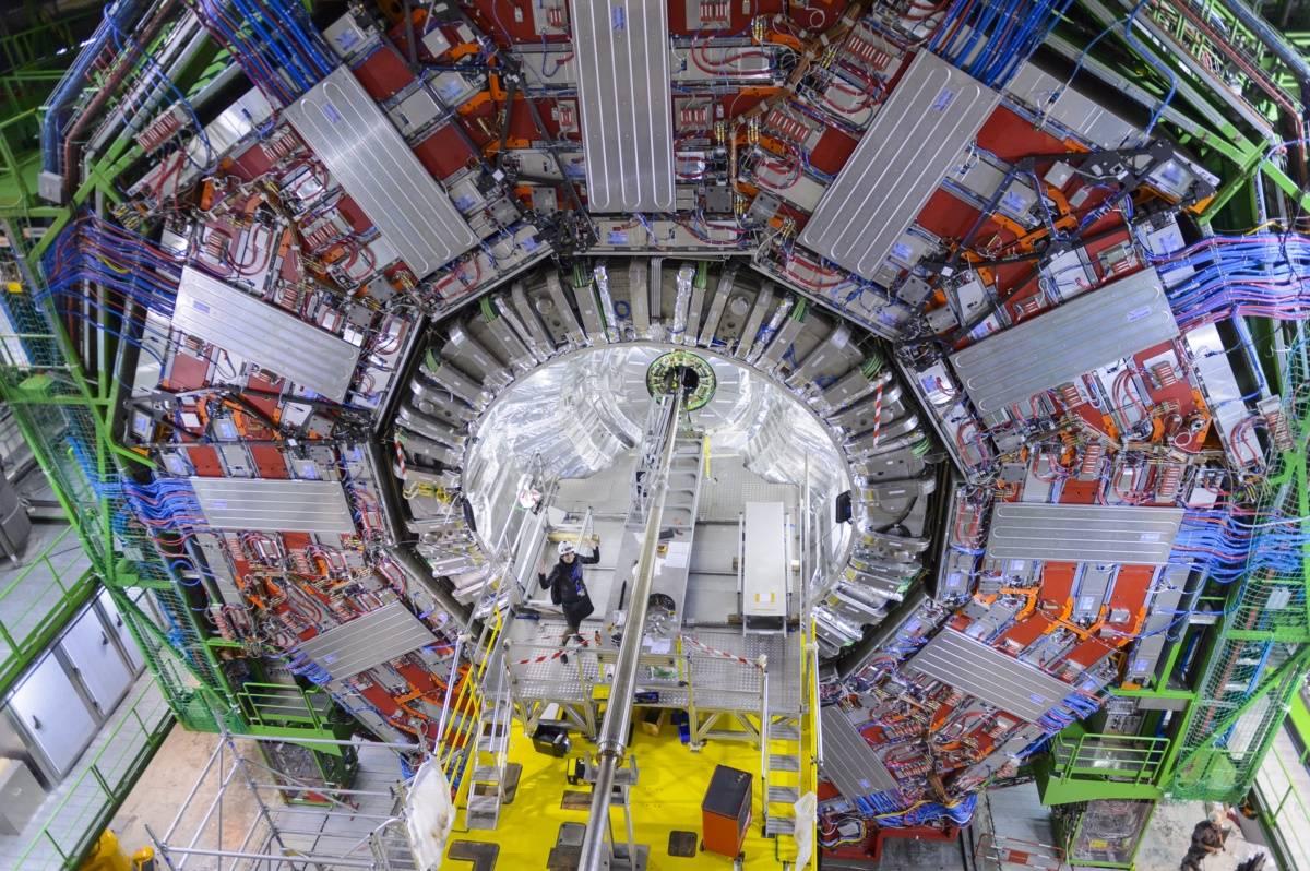 Noemi 005 02 decembre 2014 GuillaumeJeanneret CERN2014 - Españolas en la 'catedral' de la física europea