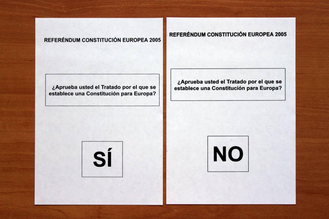 papeletas referéndum constitución europea