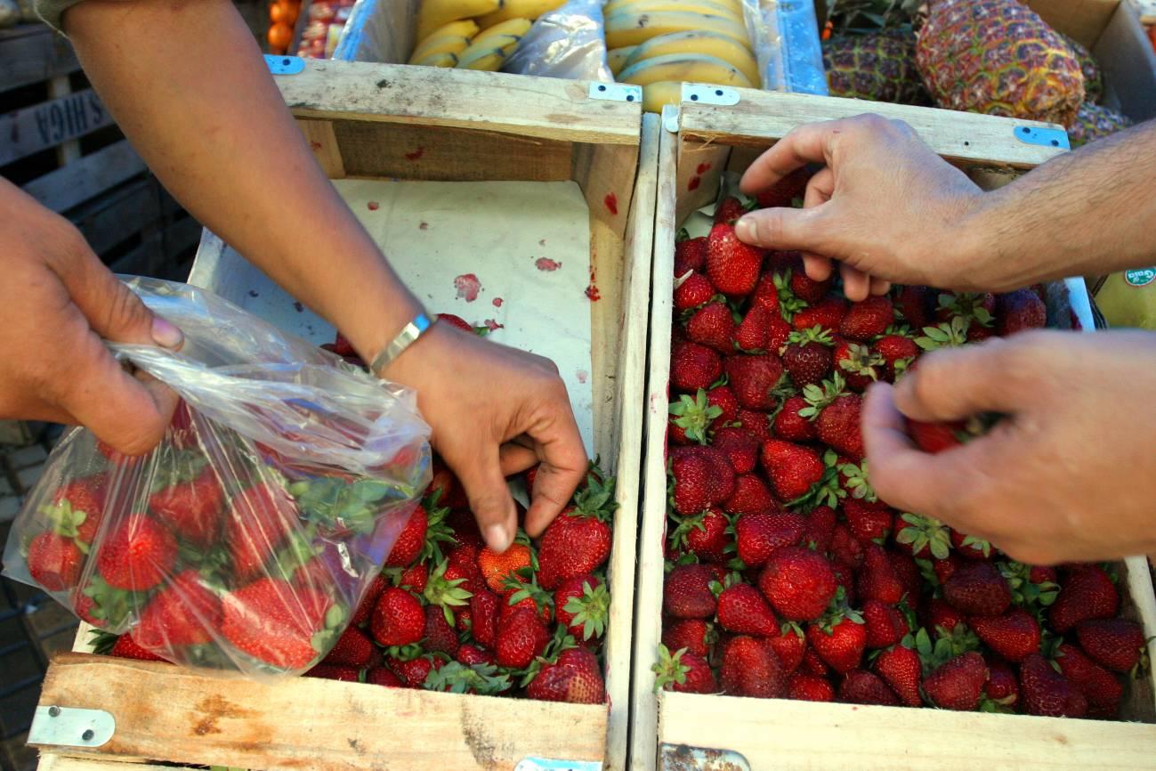 fresas en el mercado