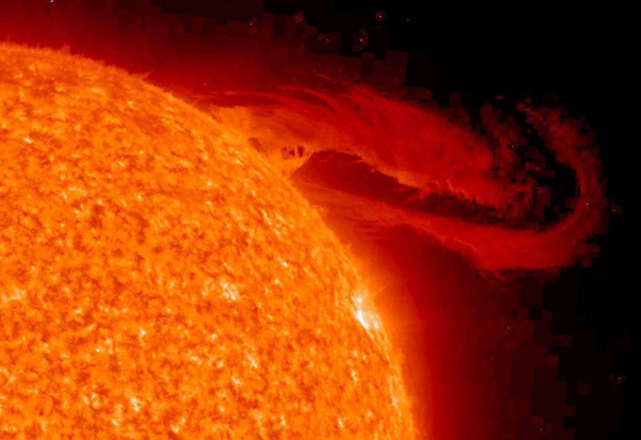 La interacción nuclear fuerte es la responsable de la fusión en el interior del Sol. / Nasa