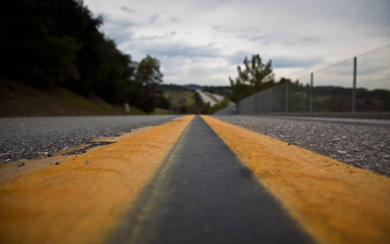 El equipo está investigando materiales que eviten la degradación de los materiales de las carreteras que se oxidan con el tiempo. Imagen: (matt).