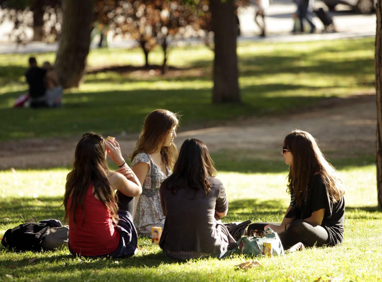 El 35% de las chicas adolescentes busca sobre todo afecto en sus relaciones sexuales