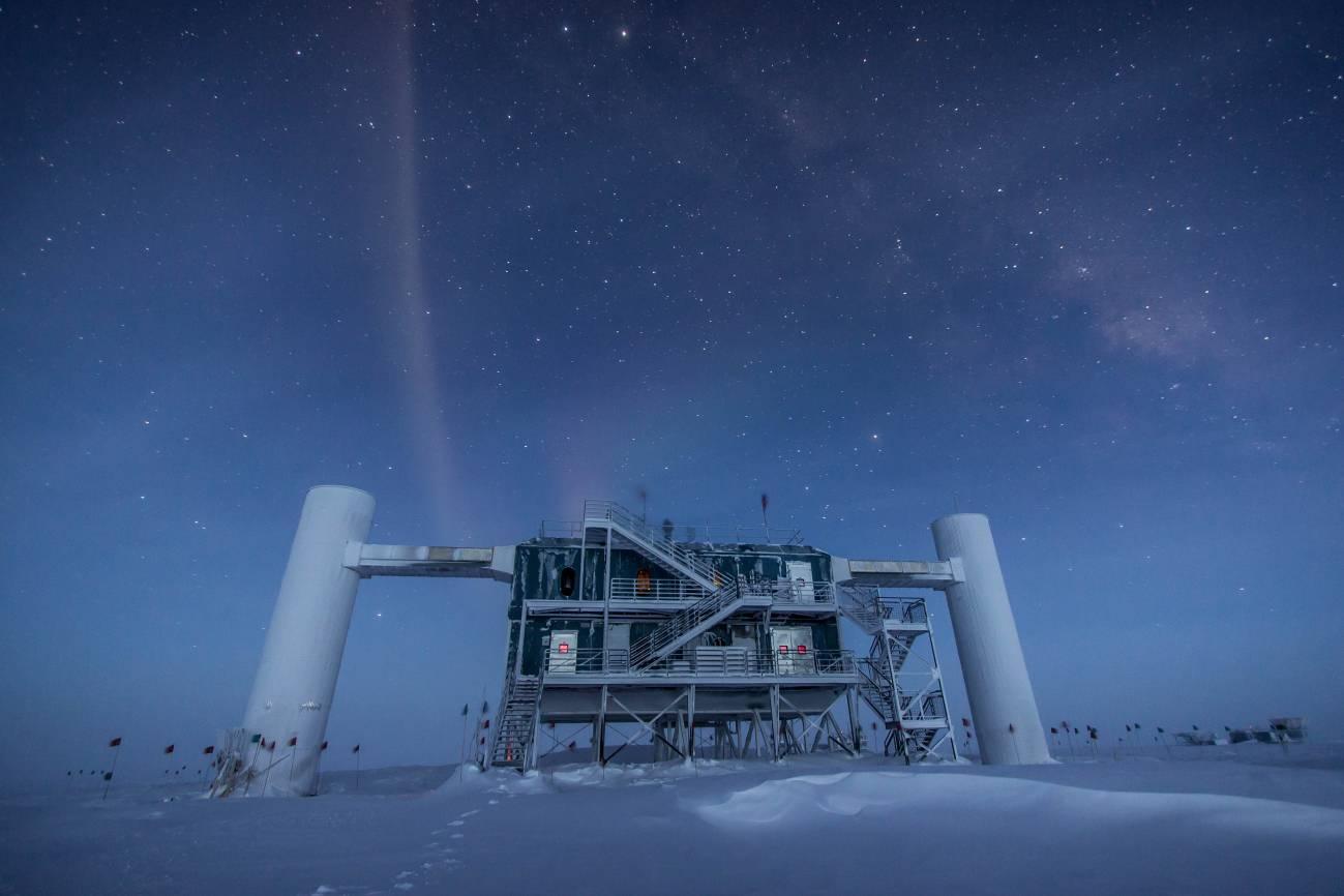 Observatorio antártico de neutrinos Icecube. / Felipe Pedreros-IceCube-NSF