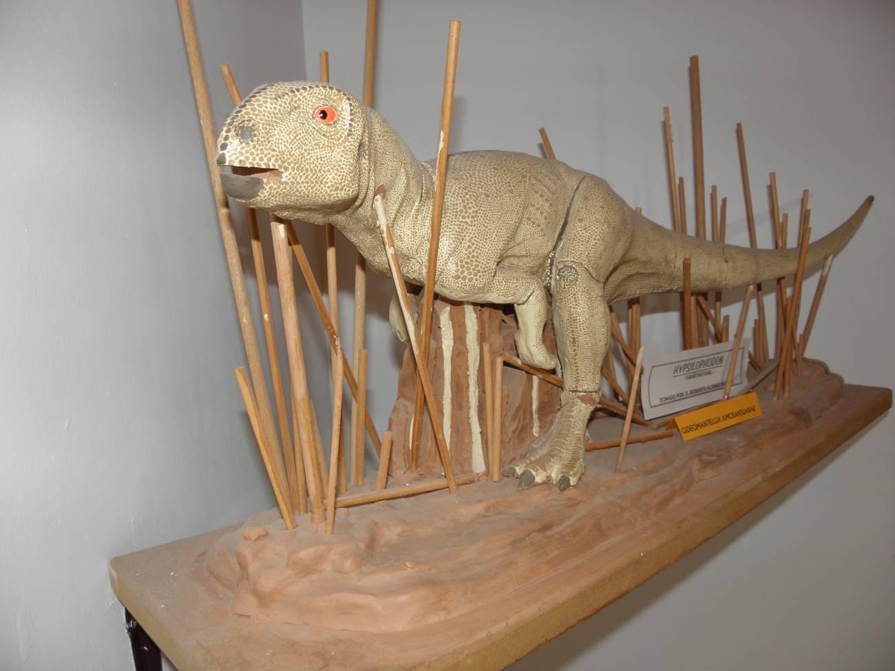 Reconstrucción de Gideonmantellia en el Museo de Galve. Imagen: José Manuel Gasca / Aragosaurus.