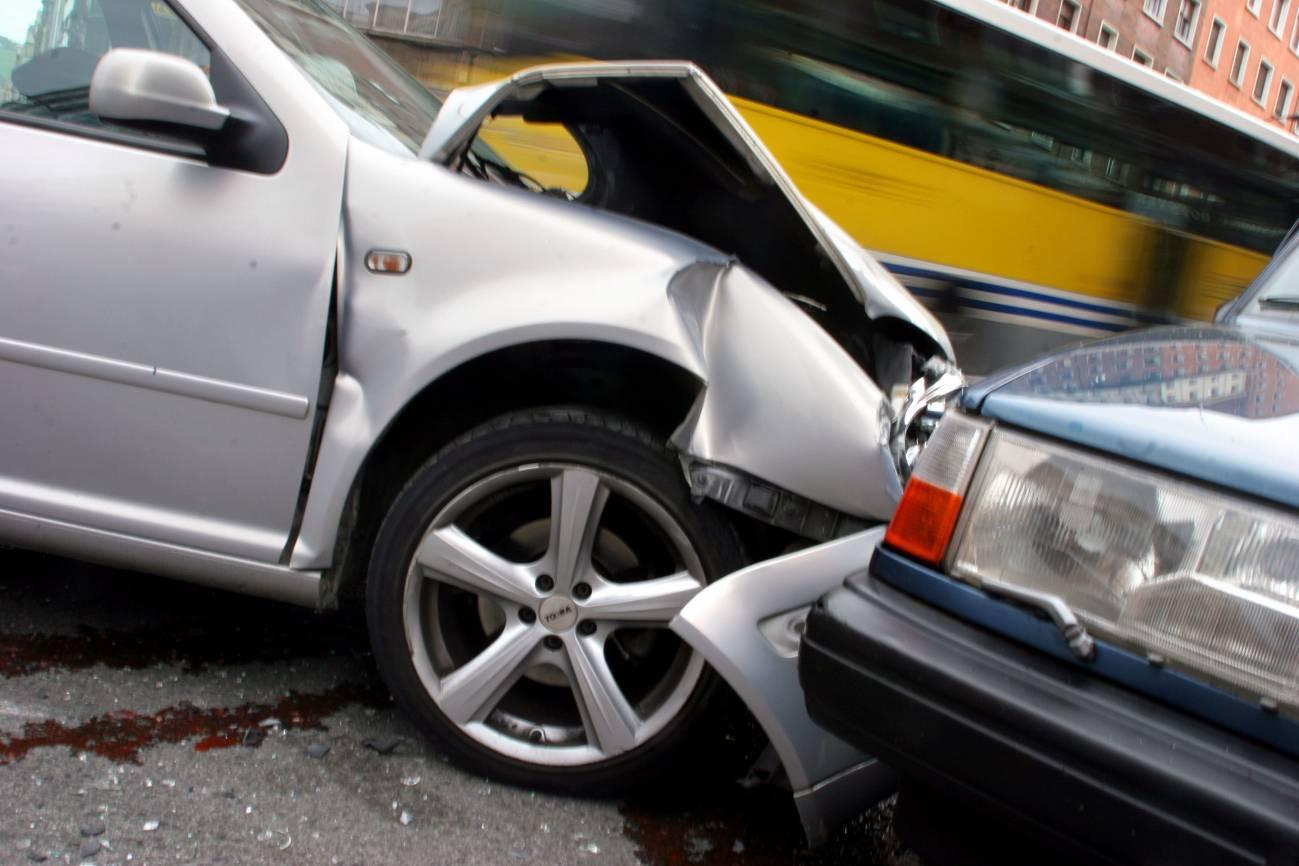Un alto porcentaje de los accidentes en España siguen produciéndose porque el conductor ha ingerido alcohol. / SINC