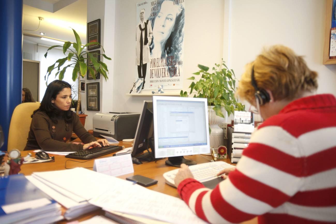 Las mujeres sufren más precariedad, acoso y discriminación en el trabajo. Imagen: SINC
