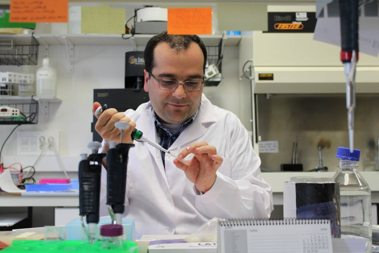Ángel Manteca, en el laboratorio