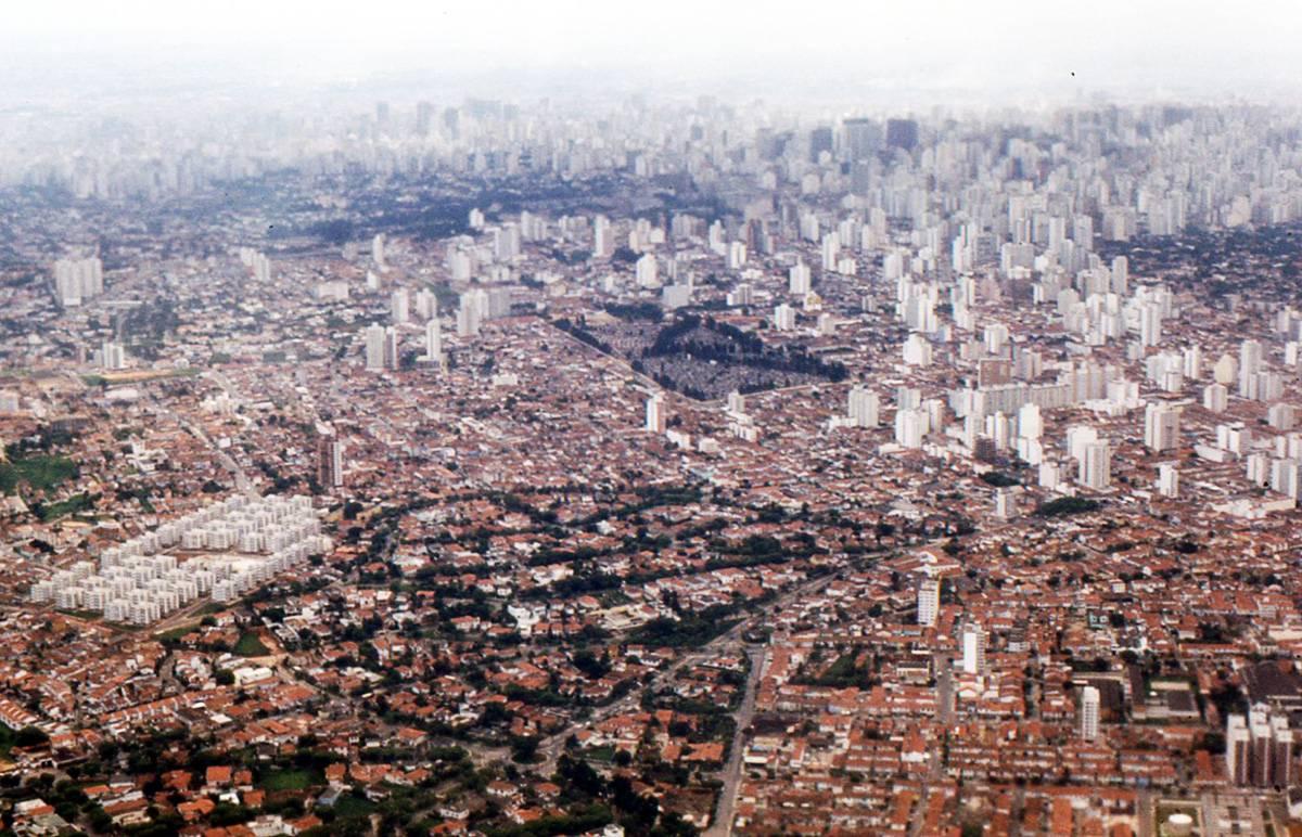 En las ciudades habitarán 6.300 millones de personas en 2050. En la imagen, Sao Paulo (Brasil). Imagen: Roger Wollstadt.