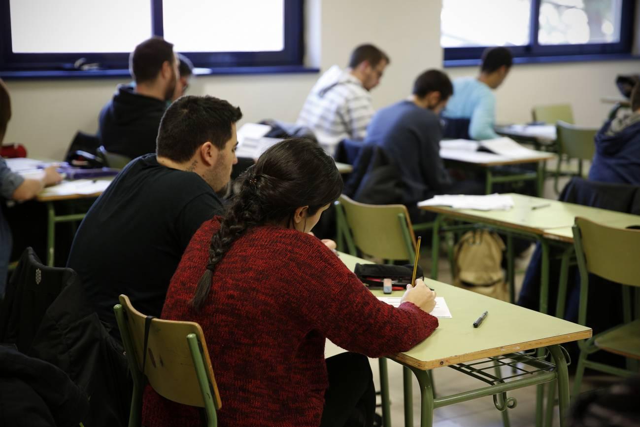 Ganar el premio es muy complicado, ya que solo otorgan 20 por año, lo que supone el 5,2% del total de los alumnos que se presentan. / SINC.