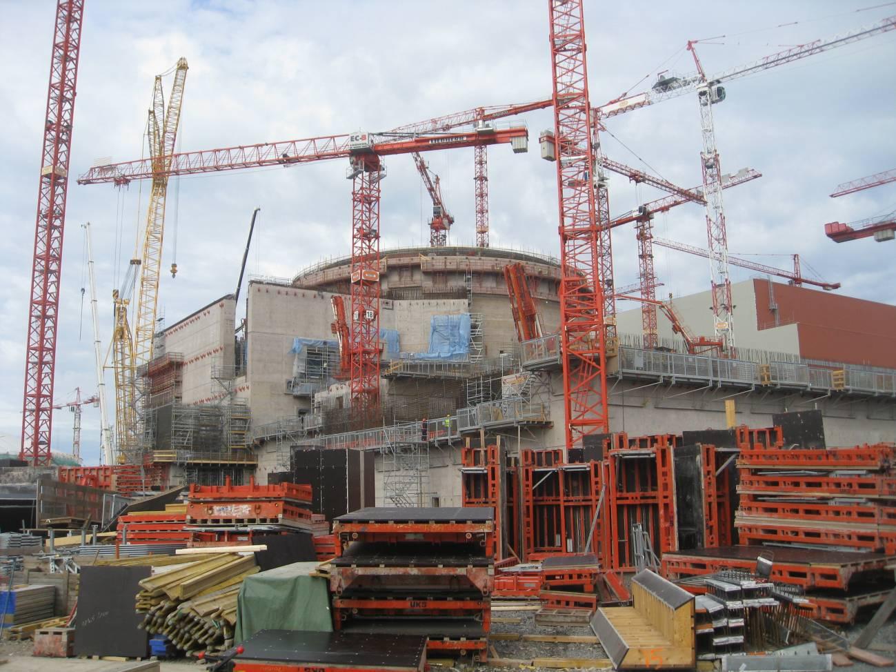 Construcción de la central nuclear de Olkiluoto, en Finlandia. Imagen: BBC World Service.