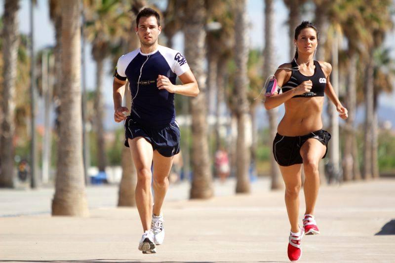 La aplicación también permite que amigos y familiares envíen mensajes de ánimo al deportista. Imagen: WearTech.