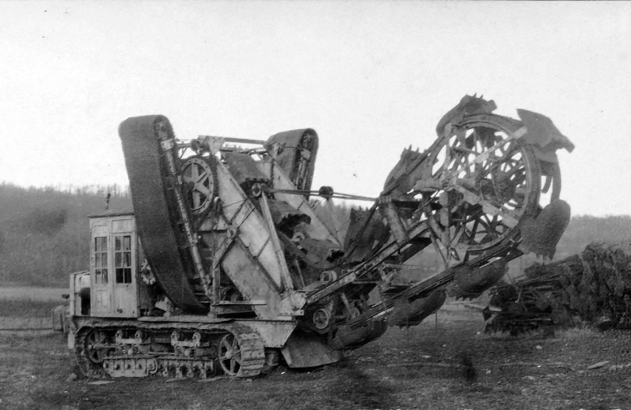 máquina alemana de excavación de trincheras