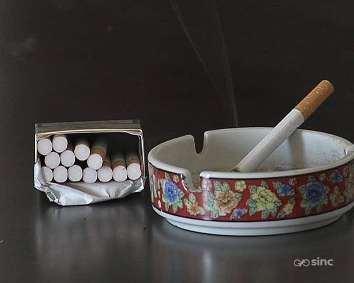 Fumar más de cinco cigarrillos al día fomenta los ataques de migraña