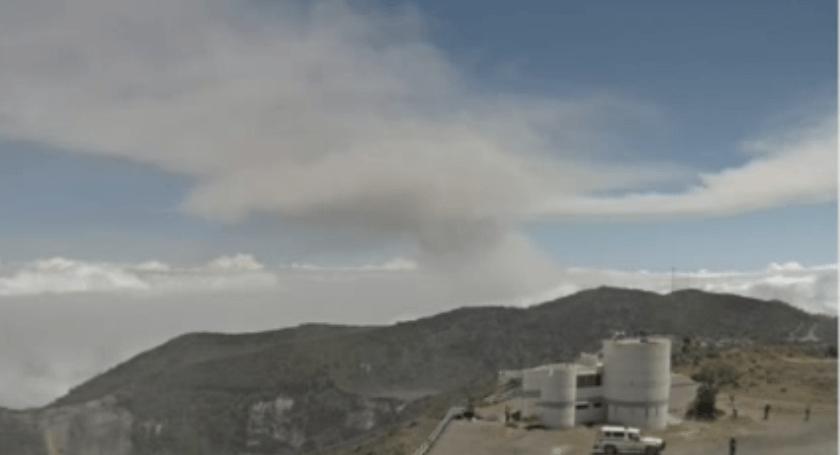 Un volcán en Costa Rica suma siete erupciones en dos días