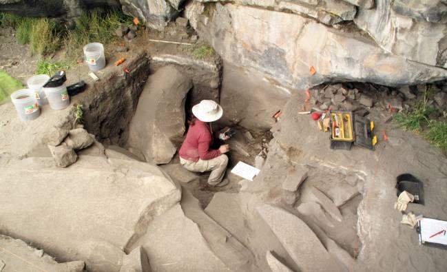 Trabajos de excavación en Cuncaicha. / Kurt Rademaker