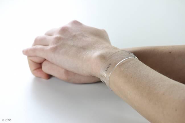 pulsera fabricada para proporcionar una medición continua durante la actividad