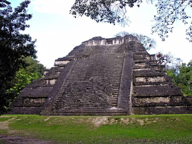 La zona productiva circundante a Tikal no tenía la capacidad de resistencia para soportar las sequías