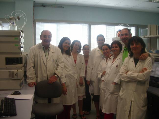 Un grupo del Cinquima, de Valladolid, colabora desde 1999 con el Centro Apícola Regional de Guadalajara.