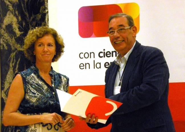 Yolanda Fernández y Esteban Sánchez-Ocaña