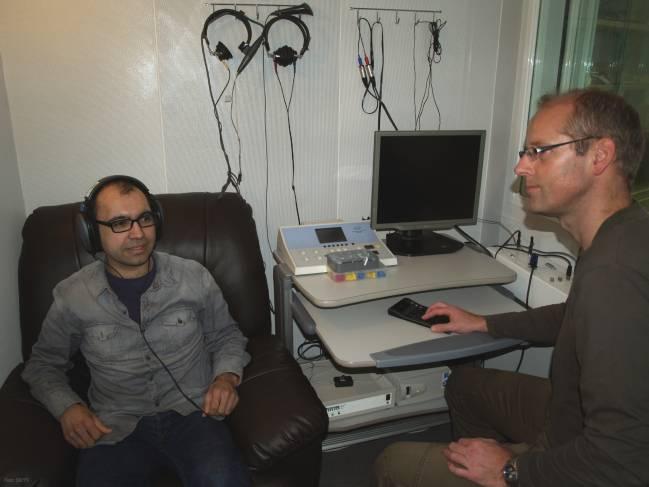 prueba de audición en el laboratorio