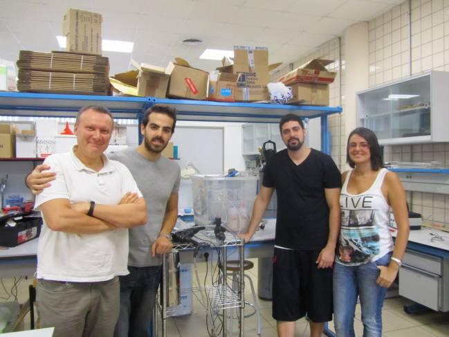 Miembros del equipo de investigación Cryobiotech: Criopreservación de Tejidos y Órganos, que dirige Ramón Risco (izqda).