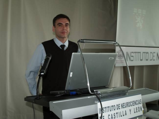 Stéphane Maison, científico del 'Massachussets Institute of Technology' (MIT) y de la 'Harvard Medical School', ha visitado el Instituto de Neurociencias de Castilla y León