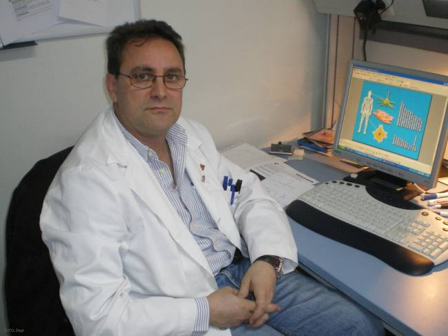 El investigador del IBGM Juan José Tellería, en su despacho.