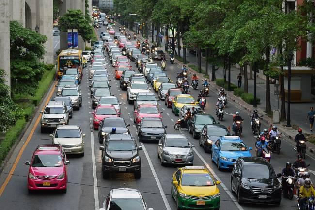 Los objetivos de los PMUS son reducir la congestión urbana y la contaminación, pero también alentar a los ciudadanos a cambiar sus hábitos para que sean menos dependientes de sus automóviles y más activos en sus viajes diarios.