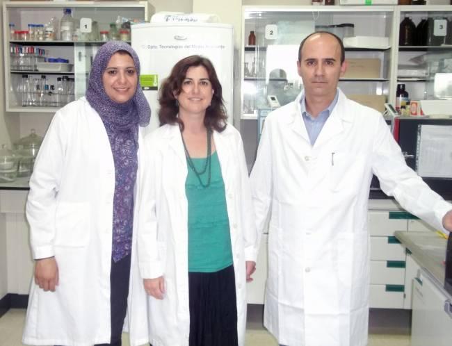Investigadores del grupo Tecnología del Medio Ambiente la Universidad de Cádiz / Fundación Descubre