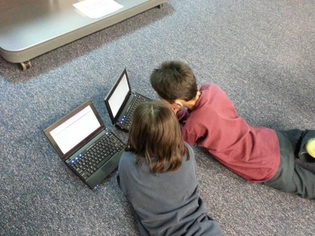 El prediagnóstico rápido consiste en el procesamiento, de manera automática e instantánea, de los tiempos de respuesta de un niño cuando realiza un experimento desarrollado con estímulos visuales en un ordenador.
