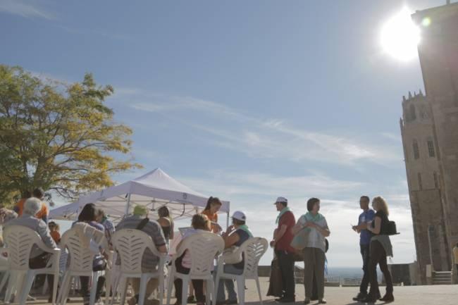 Una de les 45 sesiones que se llevó a cabo en diferentes ciudades de Cataluña. Foto: OpenSystemsUB