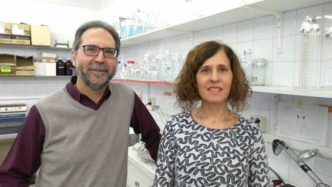 Los investigadores de la UAB Antonio Armario y Roser Nadal.