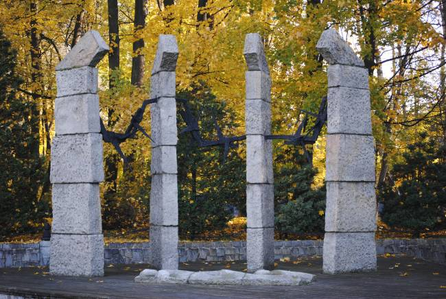 Auschwitz. Monumento a las víctimas del Holocausto. Foto cedida por Arráez y Peral.